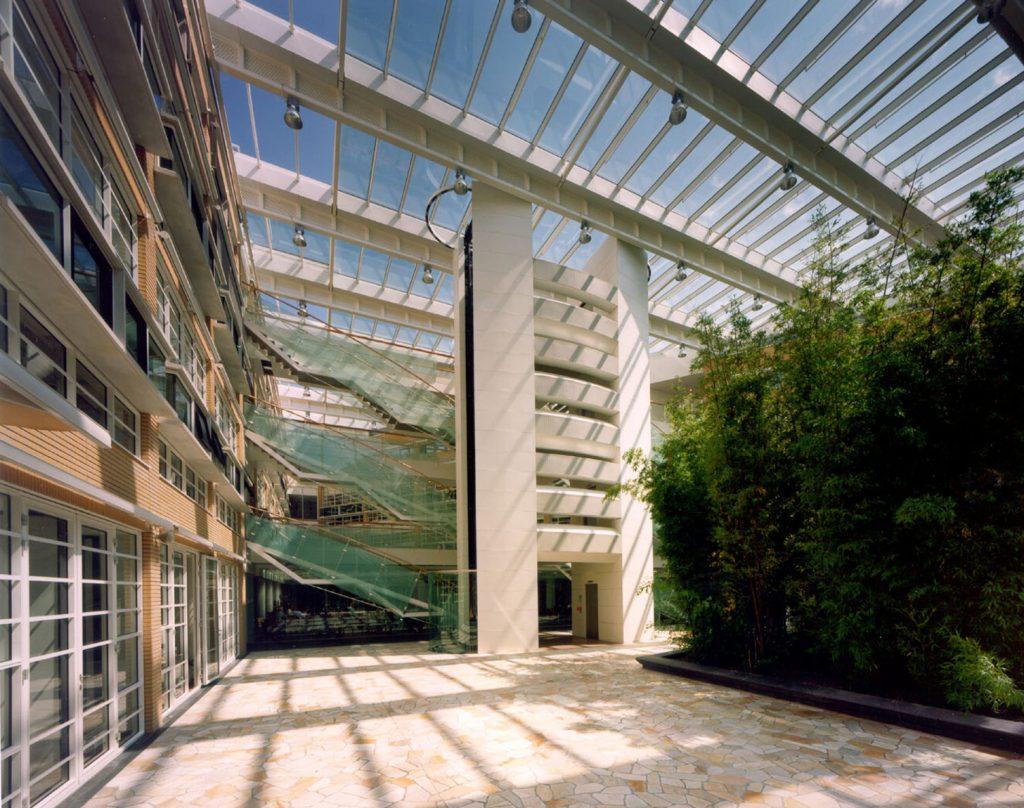 AKN gebouw (AVRO, KRO, NCRV)