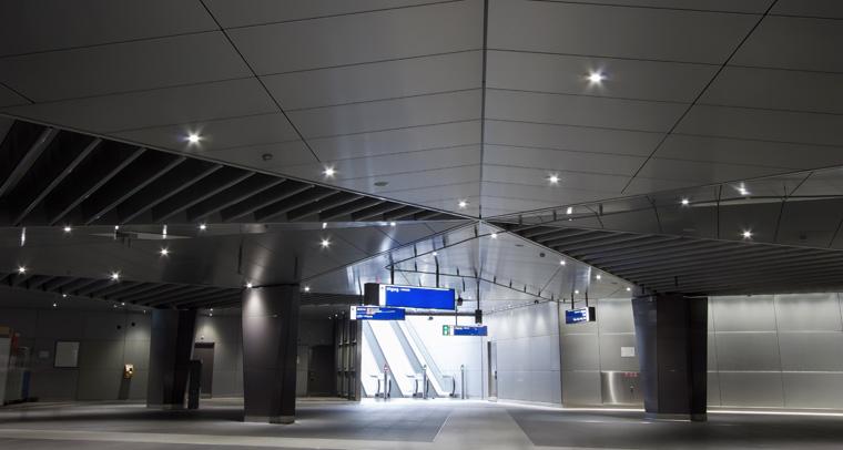 centraal station amsterdam 1.jpg